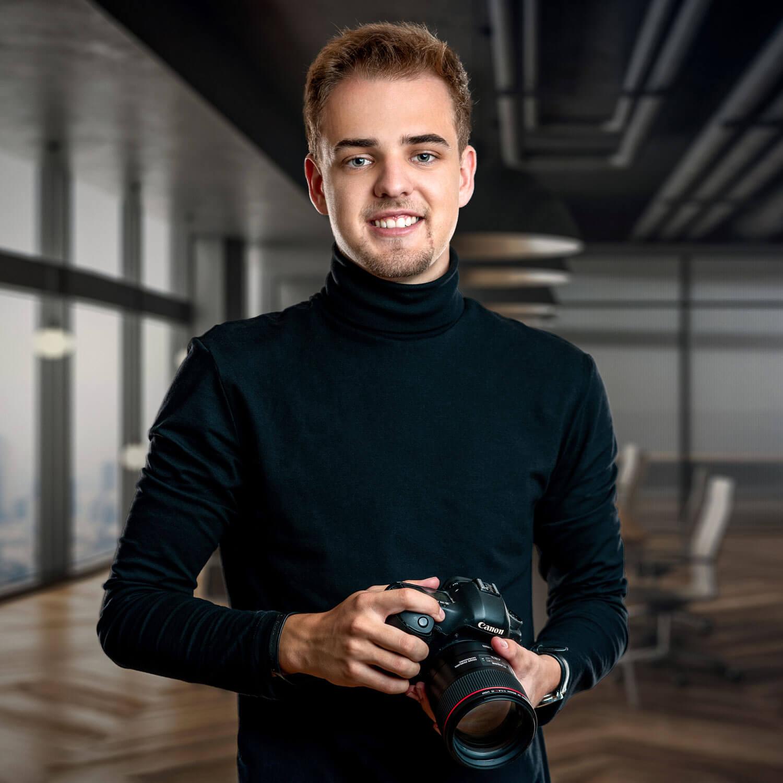 Bild von Moritz Weiß mit Kamera